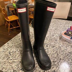 Black Hunter Rain Boots- gently used